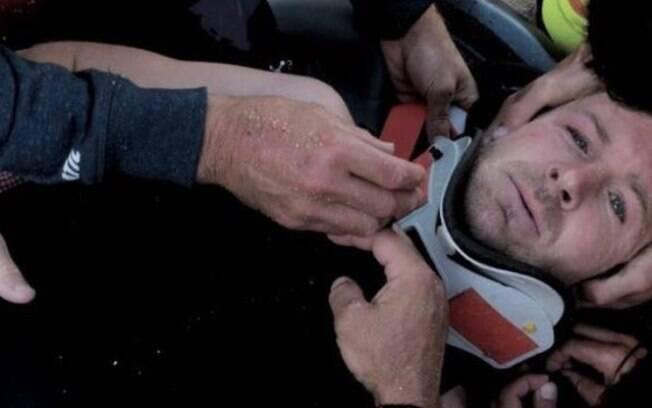 Andrew Cotton é um experiente atleta do surfe da Inglaterra, mas foi vítima dos canhões de Nazaré