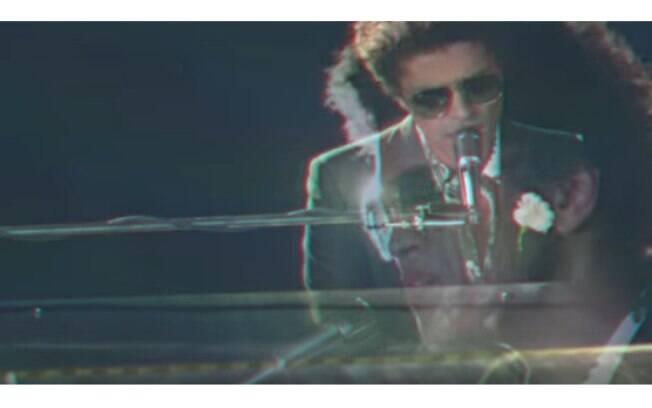 When I Was Your Man (Bruno Mars) é para quem está na fase do arrependimento e não poderia faltar na playlist