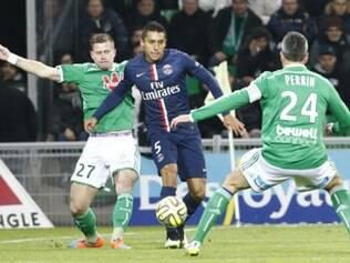 Marquinhos foi titular na  lateral direita parisiense