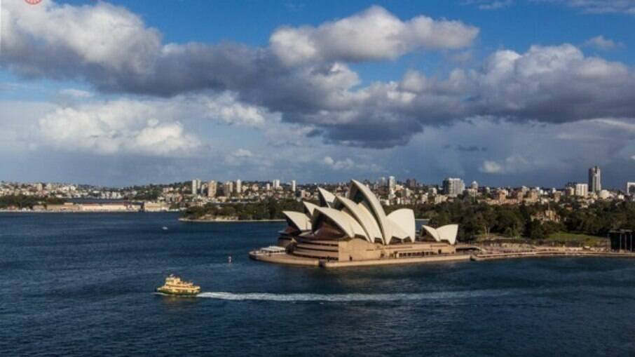 Com 100 praias, Sydney chama a atenção dos turistas e possui praias mais frequentadas por homens gays e outras mais frequentadas por mulheres lésbicas