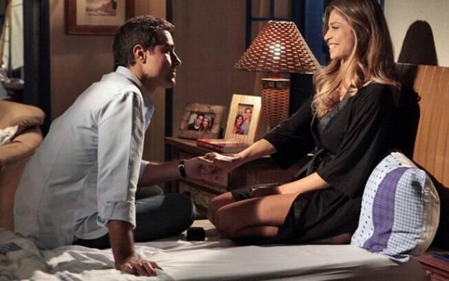 Vicente pede Lucena em casamento