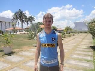 Bolatti já veste a camisa do Botafogo e treina com seus novos companheiros