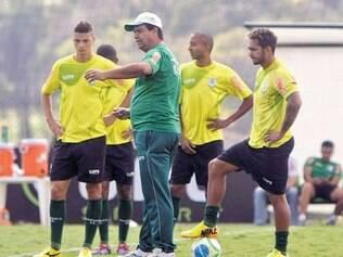 Meta. Técnico Moacir Junior definiu o número 64 como a pontuação mínima necessária para a volta da equipe à elite do futebol brasileiro
