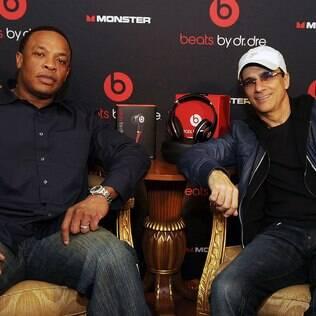 Dr. Dre e Jimmy Iovine, fundadores da Beats. Empresa foi comprada pela Apple na semana passada