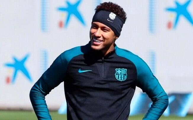Neymar teve uma pequena vitória no Carf referente à sua venda ao Barcelona