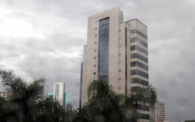 Terça-feira será de céu nublado com chuvas em Campinas