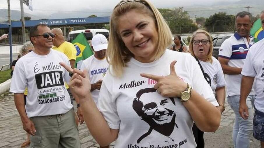 Ex-mulher de Bolsonaro, Ana Cristina Valle atuou por cargos