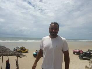 Professor de Educação Física João Vítor Correia Alves, de 33 anos, foi morto na noite de quinta-feira (24), durante um assalto ao ônibus em que ele estava,no Rio