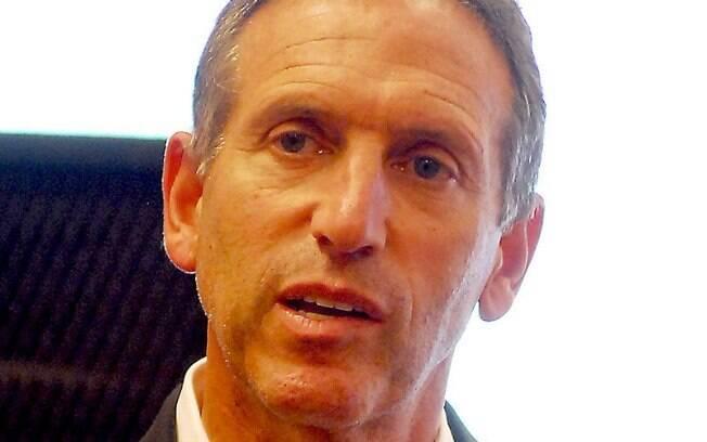 Presidente da Starbucks Howard Schultz anunciou nessa sexta-feira (11) que a empresa adotará novas políticas