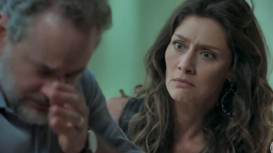 Joyce descobre que Eugênio é pai do filho de irene