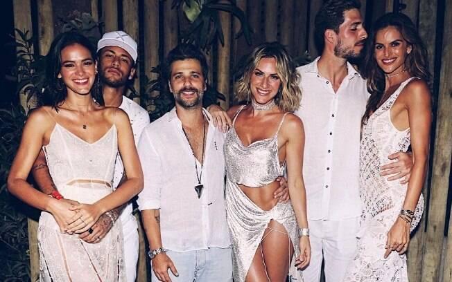 Bruna Marquezine e Neymar haviam reatado o namoro durante a virada do ano em Fernando de Noronha