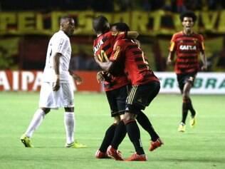 Leão começou fase com vitória, com gols de Régis e Renê