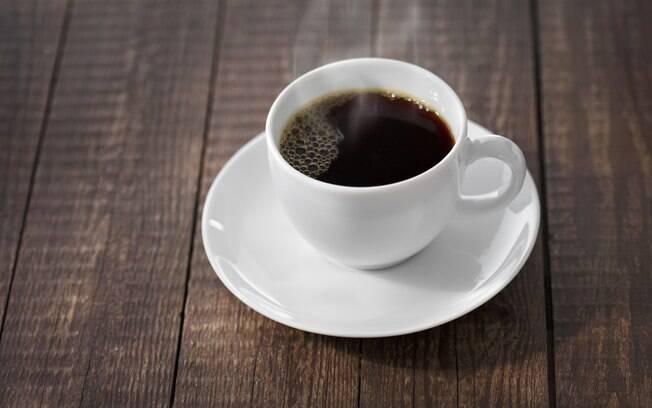 Café coado: filtro elimina substâncias que elevam os níveis de colesterol no sangue