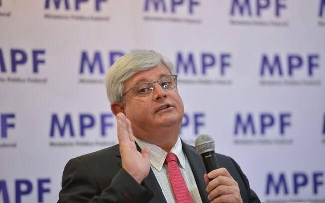 Rodrigo Janot conversou com jornalistas após sessão do Conselho Nacional do Ministério Público