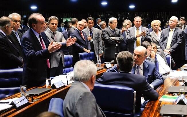 Senadores debatem no Plenário da Casa em novembro: tentativa do MP de acabar com nepotismo