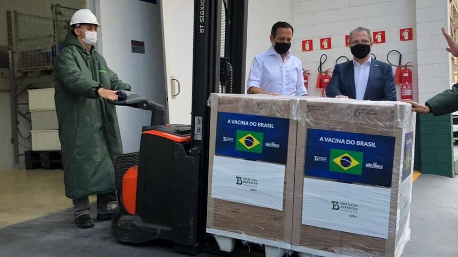 Butantan entrega mais 1 milhão de vacinas da CoronaVac ao PNI