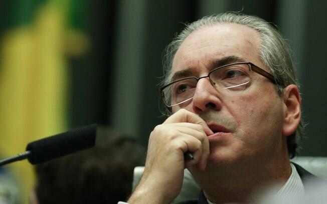 Pelas redes sociais, Edurdo Cunha (PMDB-RJ)  voltou a dizer que não pretende renunciar