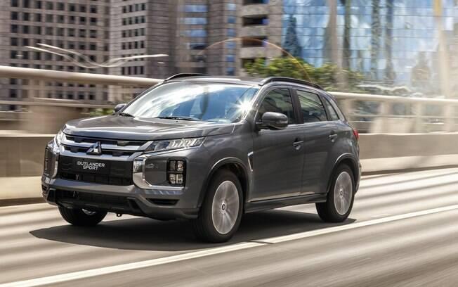 Mitsubishi Oulander Sport tem frente que lembra a do Eclipse Cross, entre outras novidades para brigar entre os SUVs compactos
