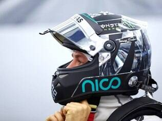 Para Rosberg, a confiança conquistada na estreia não deve afetar o trabalho contínuo na fábrica
