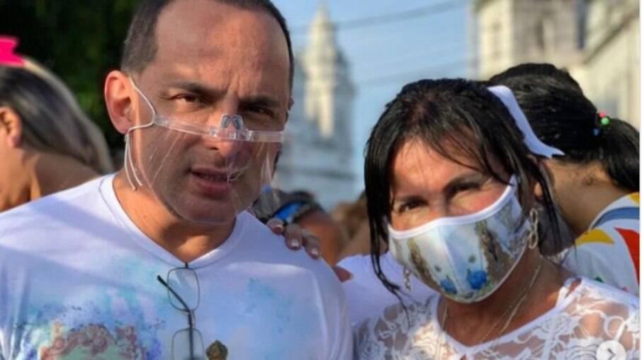 Gretchen e o marido Esdras acompanharam a tradicional procissão do Círio de Nazaré, em Belém/PA