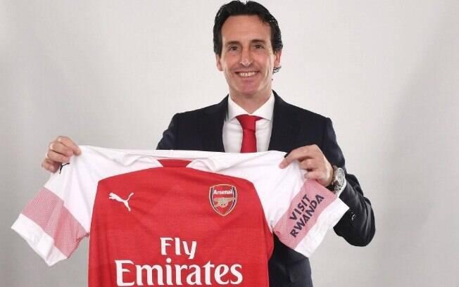 Unai Emery foi confirmado como novo treinador do Arsenal