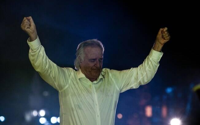O Maestro João Carlos Martins durante sua apresentação no Réveillon na Avenida Paulista