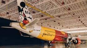Avião do Mickey é lançado pela Azul e vai voar pelo Brasil