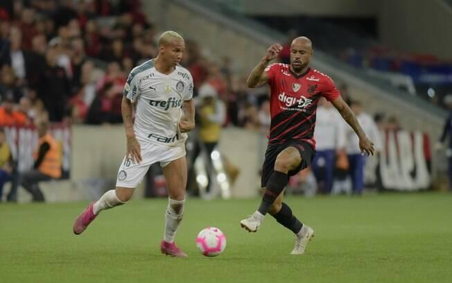 Palmeiras soma só um ponto em Curitiba e distância para o Flamengo aumenta
