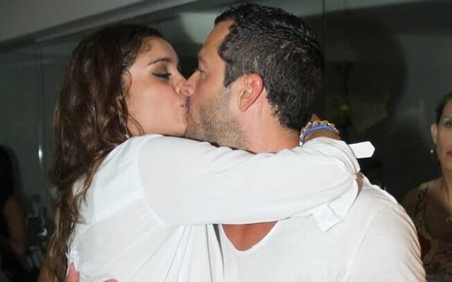 Sophie Charlotte e Malvino Salvador: muitos beijos!