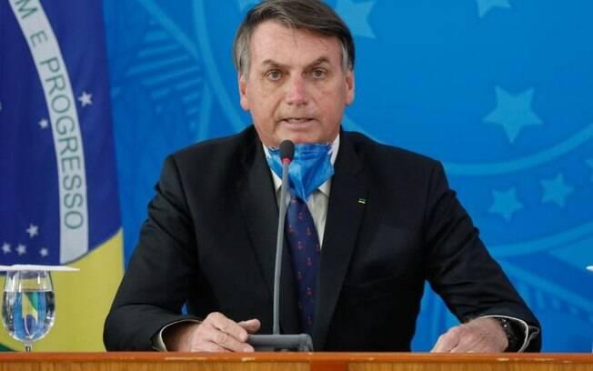 Presidente Jair Bolsonaro (sem partido) voltou a defender isolamento vertical durante a pandemia