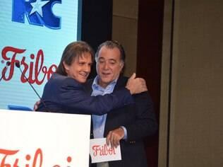 Roberto Carlos e Tony Ramos em evento da Friboi