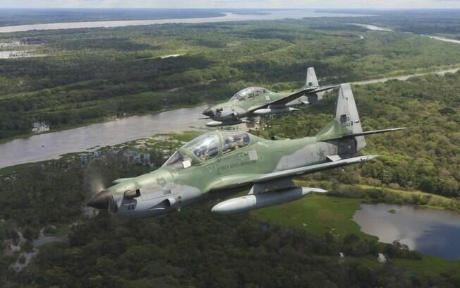 Modelo de avião Super Tucano da FAB; Indonésia gastou R$ 1 bilhão em unidades