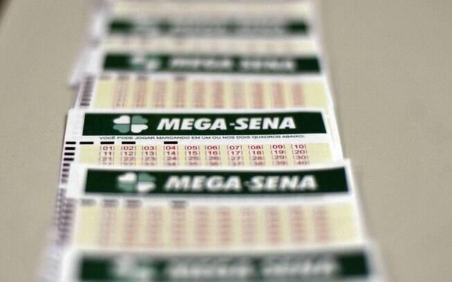 Mega-Sena acumulada: confira os números sorteados nesta terça