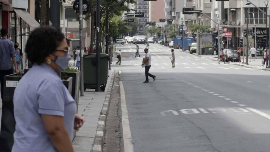 Cidade de São Paulo e estado do Rio decretam feriadão do dia 26 de março ao dia 4 de abril
