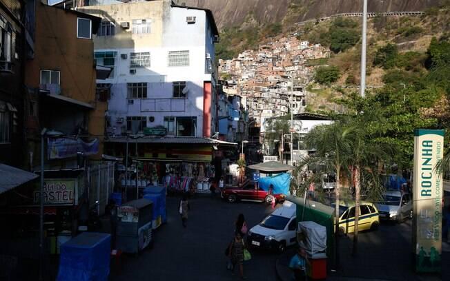 Favela da Rocinha, em São Conrado, tem sido palco de recorrentes tiroteios desde o segundo semestre do ano passado