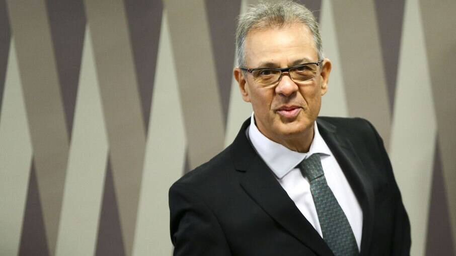 Ministro Bento Albuquerque, ministro de Minas e Energia