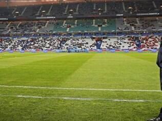 A seleção holandesa comandada por Louis Van Gaal estreia contra a Espanha, no próximo dia 13, em Salvador