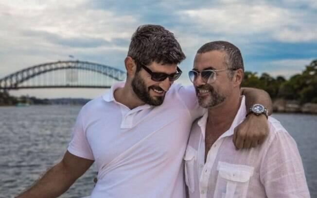Fadi Fawaz, namorado de George Michael, faz posts sobre o cantor em suas redes sociais