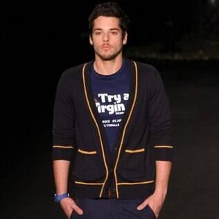 Luca Ewbank na passarela da Ausländer, no Fashion Rio