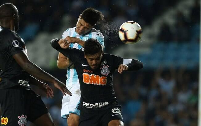 Novo empate por 1 a 1 forçou disputa de pênaltis e fez brilhar a estrela do goleiro Cássio