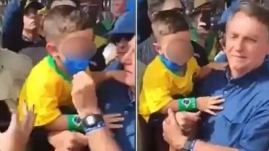 Presidente Jair Bolsonaro tira máscara de criança para tirar foto em evento no RN