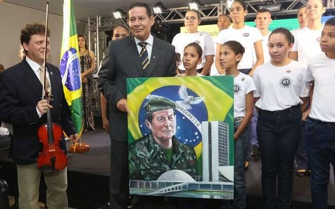 Homenagem ao vice-presidente Hamilton Mourão em Brasília