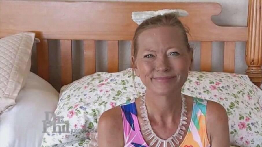 Líder religiosa promete curar covid-19 é encontrada mumificada nos EUA