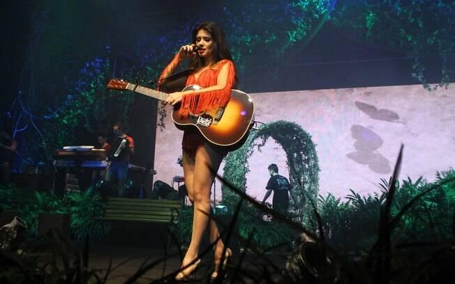 A cantora costuma usar looks ousados e saltos altíssimos