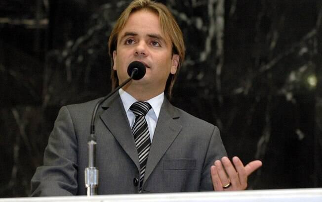 O deputado Eros Biondini (MG) é indicado do PROS para a comissão do impeachment.. Foto: Divulgação