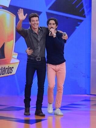 Marcos Mion recebe Rodrigo Faro no 'Legendários'