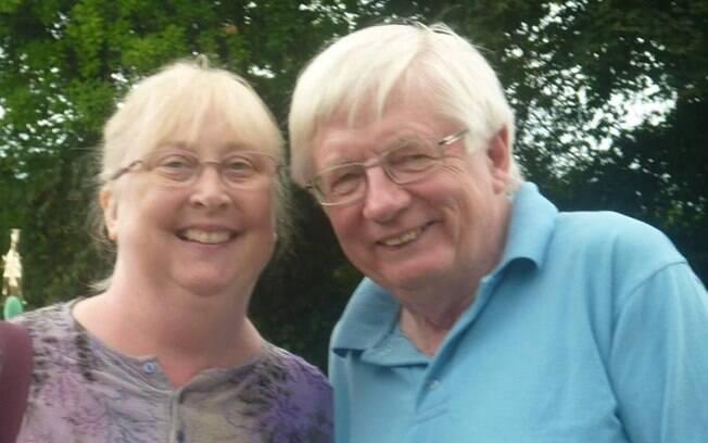Fiona e Tom relatam que durante passeio no parque foram retirados por funcionário do local, ficando isolados em sala