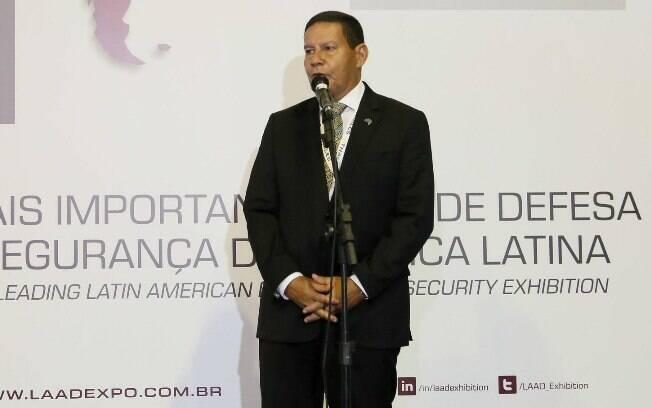 Em entrevista, Feliciano voltou a atacar o vice-presidente Hamilton Mourão: