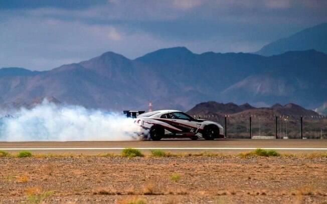 Nissan GT-R Nismo preparado para bater recorde mundial de drift