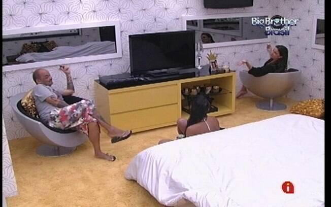 João Carvalho fila doce de Laisa no Quarto do Líder